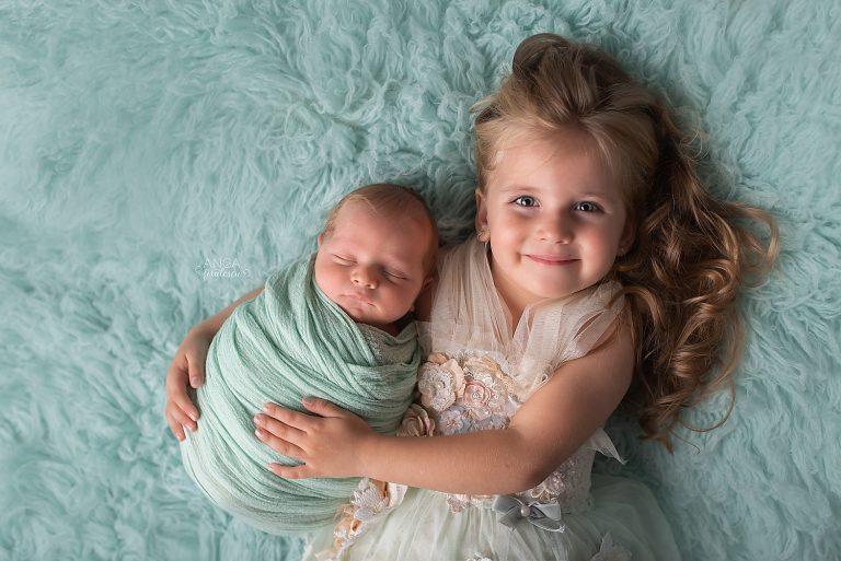 2018-10-06-newborn-oliver-11-zile_-140-edit-copy-2